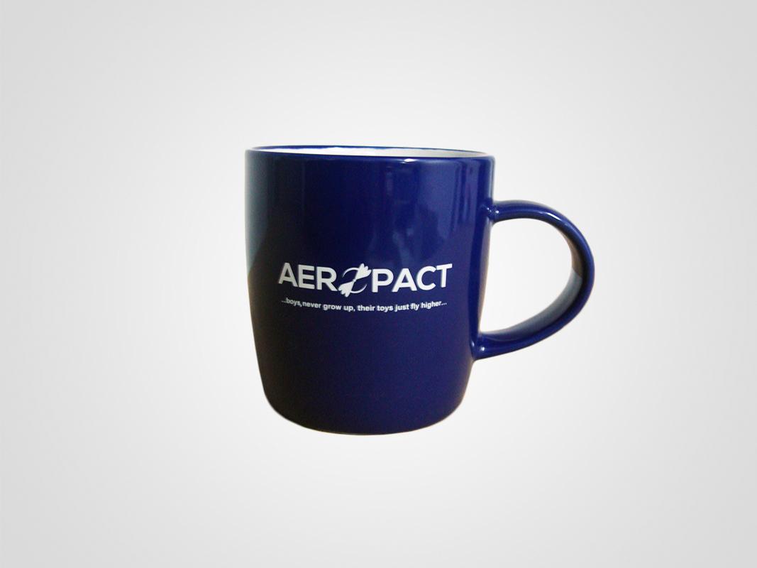 Kalkomania na kubkach dla Aeropact