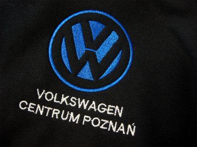 Haft komputerowy na koszulkach polo dla Volkswagen Centrum Poznań