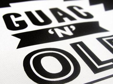 Folia Flex na koszulkach polo dla Guac'n'ole