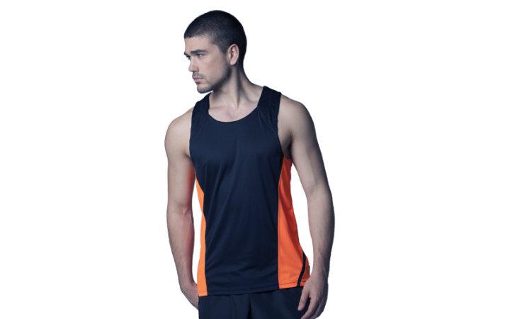 Koszulki sportowe na siłownię bez rękawów z nadrukiem logo czy imieniem.