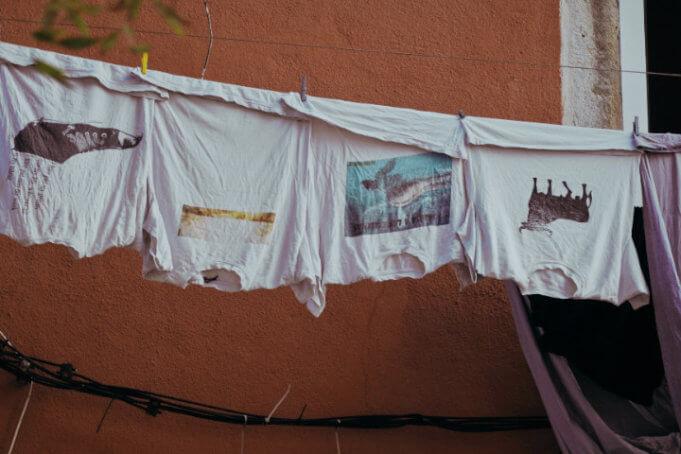 znakowanie-odziezy-porownanie-metod-nadruku-na-koszulkach