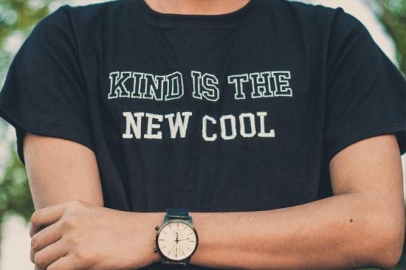 Czy koszulki na zamówienie są drogie?
