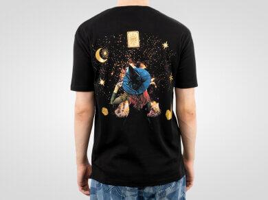 koszulka-z-nadrukiem-na-plecach